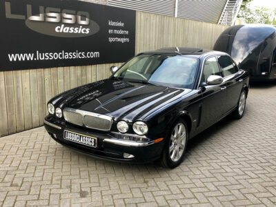 jaguar xjr super v8