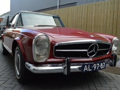Mercedes Benz 280 SL / 1st delivery US