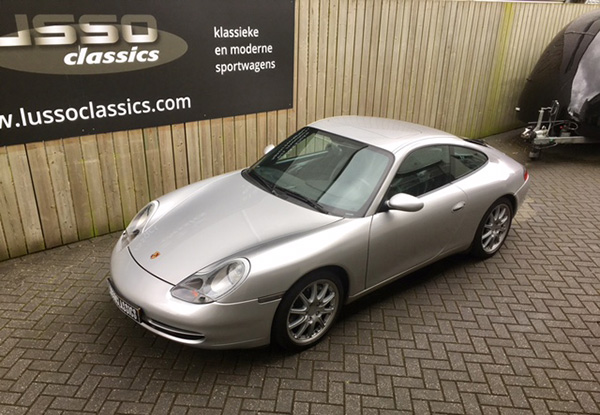 Porsche 996 Carrera 4 Sunroof Coupé
