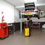 onderhoud moderne sportauto